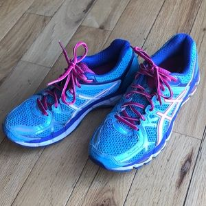 Women's ASICS Gel Kayano 21 Running Sneakers